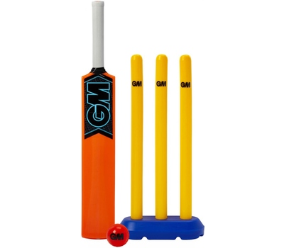 GM Gunn and Moore Striker Cricket Set