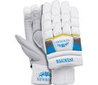 Newbery Junior  Gloves